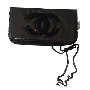 Authentic Chanel Gift Shoulder Cross Body Bag